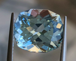 5.98 ct Blue  Aquamarine With Excellent Luster and Fine Cutting  gemstone