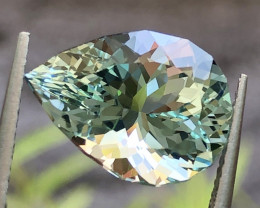 5.97ct Aquamarine With Excellent Luster and Fine Cutting   gemsstone