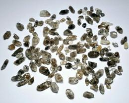 Amazing Natural color Diamond Quartz Crystals lot 100Cts-G2