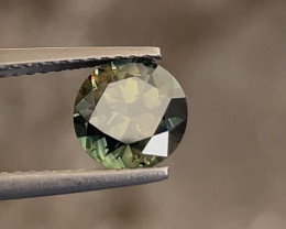 Lovely 1.65ct untreated yellow-teal partisapphire