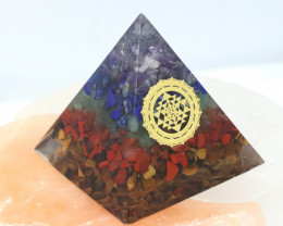 5 cm Seven Chakra Gemstone Pyramid AHA 109