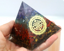 6 cm Seven Chakra Gemstone Pyramid AHA 115