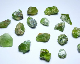 Amazing Natural color Rough gemmy quality Peridot lot 100Cts-GN3
