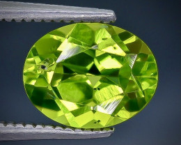 1.96 Crt  Peridot Faceted Gemstone (Rk-61)