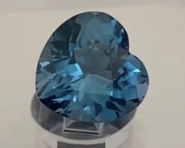 Pretty Glowing Heart Shape London Blue Topaz - Brazil KR183