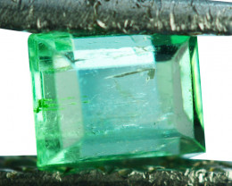 Natural Vivid Green Emerald Baguette Cut Colombia 0.60 Cts