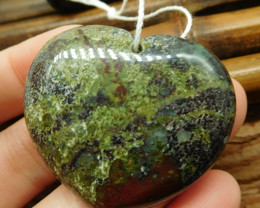 Heart shape dragon bloodstone pendant (G2647)