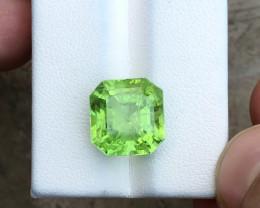 10.45 Ct Natural Green Transparent Peridot Gemstone