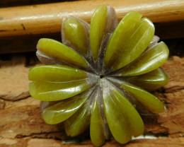Gemstone serpentine flower pendant (G2689)