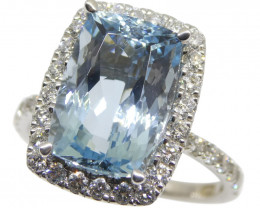 One of a Kind Fine Quality 4.57ct Aquamarine and Diamond Ring in 18k White