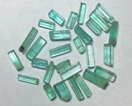 9.01 Cts Panjshir Emerald Crystals