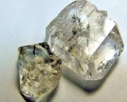CRYSTAL QUARTZ-LIKE HERKIMER-DIAMONDS 2PCS 2 CTS -AS-1724
