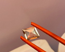 1.0 CT - DIASPORA- RARE FROM TURKEY- COLOUR CHANGE- TODAY VERY EXPENSIVE ST