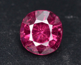 Rarest 1.10 ct pinkish Garnet one of a Kind Fire