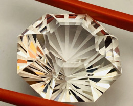 25.23 CT- -TOPAZ FROM CEYLON- THE BEST-  I DISCONNECT MY COLLECTION.  AFTER