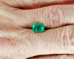 1.640 CT Colombian Emerald Faceted Gemstone *ON SALE - $575*