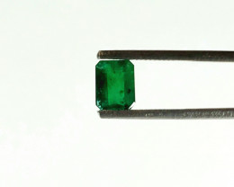 GORGEOUS 1.255 CT COLOMBIAN EMERALD *ON SALE - $400*