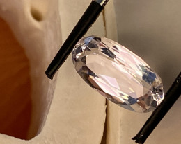 5.61 CT- - -SPODUMENE  - THE BEST FOR JEWELLERY-   I DISCONNECT MY COLLECTI