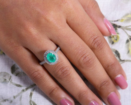 #1 Certified Colombian Custom Emerald Ring with VVS Diamonds