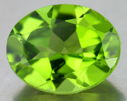 9x7 mm Oval 1.95ct Green Peridot [VVS]