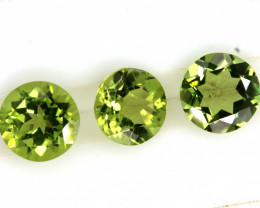 2.85 CTS PERIDOT FACETED PARCEL 3PCS CG-3308