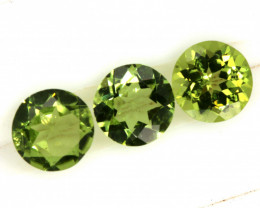 2.55 CTS PERIDOT FACETED PARCEL 3PCS CG-3310