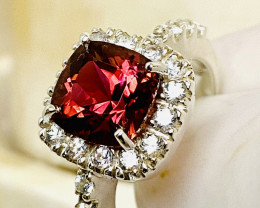 SPINEL-CEYLON approx 4 ct With WHITE SAPPHIRE- SILVER RING WITH  , FROM COL