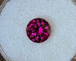2,68ct Pink Rhodolite Garnet - Master cut & AAA Colour!