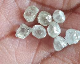 Natural australian white diamond rough app 0.50ctw 8pcs size