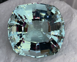 152.20 carat Natural Aquamarine Gemstone.