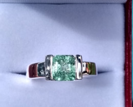 Untreated Colombian emerald Ring from Chivor