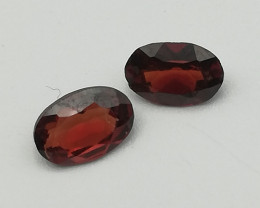Rhodolite pair, 0.91ct, oval shape, small but beautiful!!
