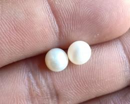 Natural Fresh Water Pearl Gemstone Pair VA4747