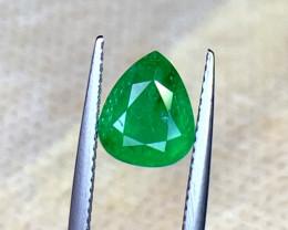 Natural Emerald Gemstone.