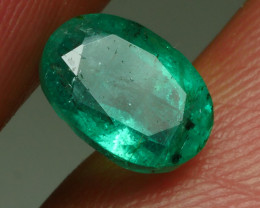1.120CRT BEAUTY GREEN EMERALD ZAMBIA -