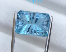 Top Grade 13.25 ct Blue Topaz Fancy Cut Ring Size