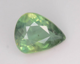 Great Luster 3.90 ct Green Apatite ~ K