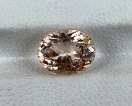 1.72Cts Natural Light Peach Pink Morganite Oval Brazil