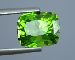 IF 7.60 CT Natural Beautiful Green Color Cushion Shape Peridot From Pakista