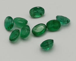 Emerald parcel, 4.125ct, oval shaped, good luster!