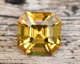 1.35cts Golden Yellow Beryl (RBE26)