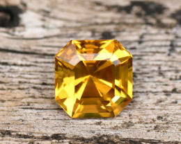 1.55cts Golden Yellow Beryl (RBE28)