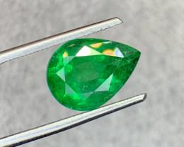 3.05 carat Natural Emerald Gemstone.