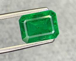2.55carat Natural Emerald Gemstone.