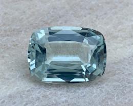 6.10 carat Natural Aquamarine Gemstone.