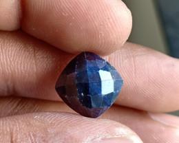 Natural Sapphire Gemstone With a Fancy Cut VA5189