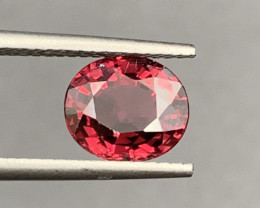3.41 carats Rhodolite Garnet  Gemstone
