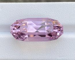Kunzite Top color 33.08 Cts Beautiful Gemstone.