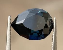 3.95ct Unheated dark teal sapphire