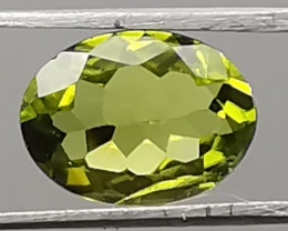 Peridot, 2.265ct, great colour, rea9nice quality!!